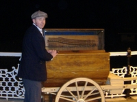 Christmas Musical Acts - Barrel Organ