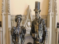 Victorian & Dickensian Christmas Human Statues