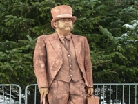 Christmas Victorian Gent Human Statue